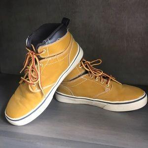 Other - Boys sz 2 hi top shoes